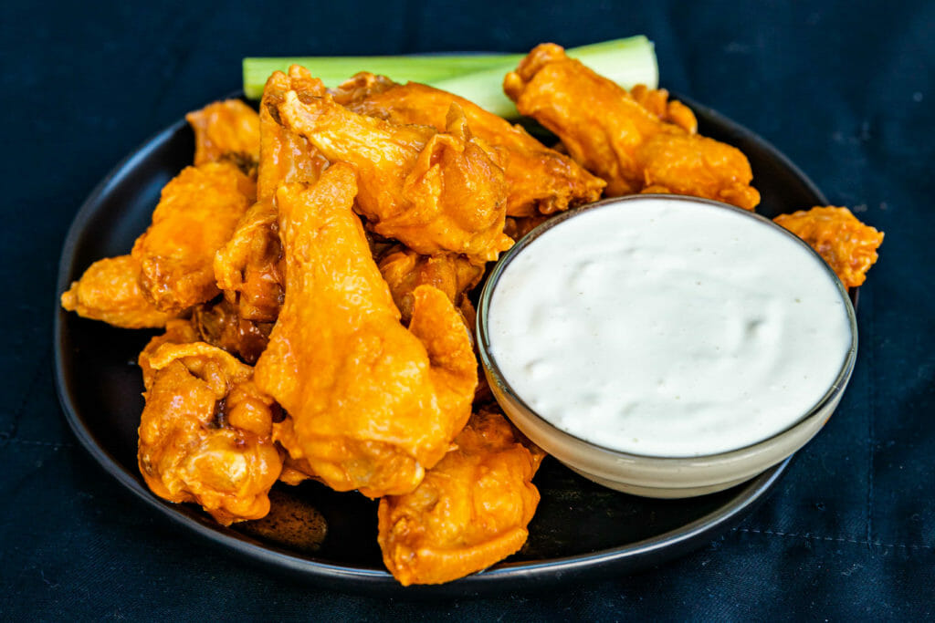 Chicken wings with dip image